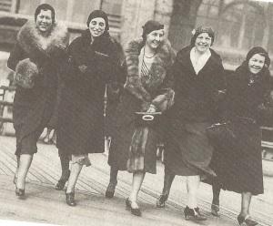 fivewomen